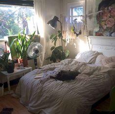 Grunge Room Aesthetic Ideas