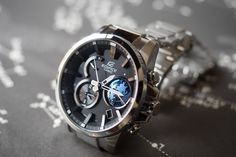 Casio Edifice EQB-600 side view