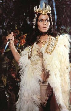 "Martine Beswick in""Slave Girls"" the film is also known as ""Prehistoric Women"" Hammer Horror Films, Hammer Films, Horror Movies, Hammer Movie, Cult Movies, Warrior Outfit, Thing 1, Bond Girls, Sinbad"