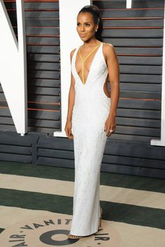 Kerry Washington was flawless in a look from the SS16 #AtelierVersace runway. #VersaceCelebrities