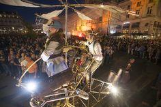Firebirds: déambulation des machines infernales de la compagnie Theater Titanick. (Photo: Thierry Bonnet/Ville d'Angers)