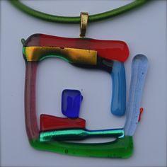 Een handgemaakt glasjuweeltje van KeizerGoed, meer info: keizergoed.gmail.com