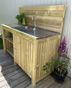Outdoor Kitchen Bars, Outdoor Kitchen Design, Outside Sink, Outdoor Potting Bench, Outdoor Projects, Outdoor Decor, Outdoor Sinks, Gazebo Pergola, Concrete Kitchen