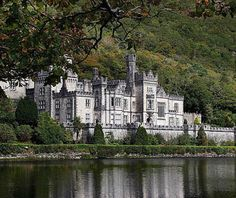 Castles: Kylemore Abbey, County Galway, Ireland