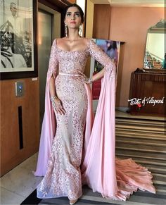 Get Sonam Kapoor Hot Clevage Show Cannes2017 Sonam Kapoor Hot AT Cannes 2017 catch Sonam Kapoor Hot Clevage Show Cannes2017