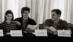 you are as they say in latin, a 'dorkus malorkus' Natalia Dyer, Joe Keery & Dace Montgomery at the STRANGER THINGS season 2 table-read Stranger Things Joe Keery, Steve Harrington Stranger Things, Joe Kerry, Strange Things Season 2, Dacre Montgomery, Ending Story, Sadie Sink, Actrices Hollywood, Dream Boy