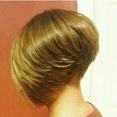 Feathered stacked bob