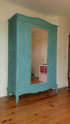 Deze kast is gemaakt door Lisette uit Doorn in Annie Sloan Provence