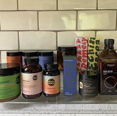 Wellness Club, Health And Wellness, Ginger Shot, Funny Iphone Wallpaper, Healthy Lifestyle Motivation, New Energy, Veggie Recipes, Granola, Vodka Bottle