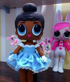 Boneca lol surpresa em feltro artesãLana Cristine Linda boneca lol feita em feltro