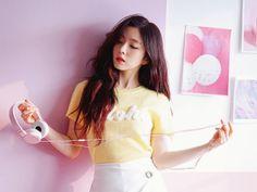 Irene looks like the sexy girl next door in this new photoshoot Seulgi, Kpop Girl Groups, Kpop Girls, Irene Red Velvet, Celebs, Celebrities, Beautiful Asian Girls, Beautiful People, Girl Next Door