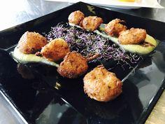 Nuestras deliciosas nubes de bacalao con alioli de manzana.... WW.villanazules.com