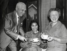 Contralto Marian Anderson with University Musical Society President Charles and Alva Gordon Sink, 1959 Marian Anderson, Conductors, Presidents, Musicals, Sink, University, African, History, Couple Photos