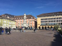 Piazza Walther - Bolzano South Tyrol, Online Tickets, Trip Advisor, Attraction, Skiing, Street View, Mountains, Photos, Travel