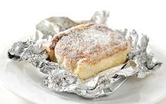 A chef Carole Crema divide com a gente - e com vocês - a receita do bolo mais vendido de sua doceria, que tem gostinho de receita de vó! Pega já o papel e a caneta, glamourosa!