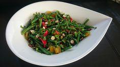 Saras madunivers: Bønnesalat med grillede peberfrugter, mynte og has...