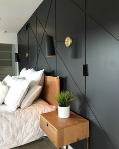 Super cool feature headboard wall by // Accent wall // Feature Wall Bedroom, Accent Wall Bedroom, Accent Walls, Home Bedroom, Modern Bedroom, Bedroom Decor, Eclectic Bedrooms, Contemporary Bedroom, Wallpaper Headboard