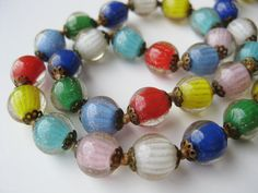 "Vintage 50s Italian Venetian Multi Color Art / Gorgeous vintage Venetian aventurine necklace is 17"" long and in excellent condition. Beads are each 13-14mm in diameter"
