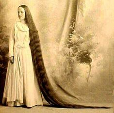 vintage photo - VERY long hair.