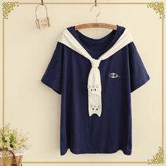 Japanese students cute cat T-shirt