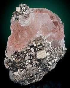 ❥ Exceptional color~ Pink Fluorite and Pyrite