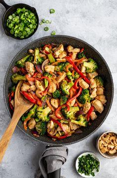 Teriyaki Stir Fry, Tofu Stir Fry, Chicken Cashew Stir Fry, Veggie Stir Fry, Carrot Recipes, Paleo Recipes, Dinner Recipes, Cleanse Recipes, Yummy Recipes