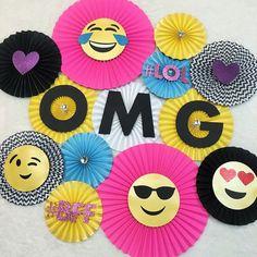 Emoji Party Themed Backdrop, Teenage Girl Birthday Party, Teenage Boy Birthday Party, OMG Party, Emoji Birthday Ideas