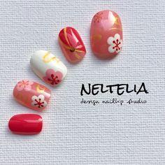 nelteliaさんの作品一覧 in 2020 New Year's Nails, Red Nails, Asian Nails, New Years Nail Art, Classic Nails, Kawaii Nails, Red Nail Designs, Japanese Nail Art, Nail Patterns