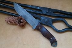 Böhler K720 - O2 Steel with wenge handle... Full Length: 27,5cm