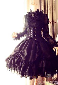 black corset lolita coordinate from Dear Celine