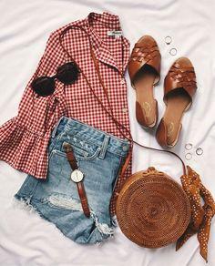 5 Favorites: Button Up Shirts | LivvyLand