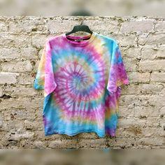 Hippie Pastel Rainbow Tie Dye Shirt Trippy by AbiDashery on Etsy Festival Trends, T-shirt Hippie, Hippie Style, Hippie Trippy, Boho Festival Fashion, Festival Outfits, Festival Clothing, Boho Fashion, Fashion Ideas