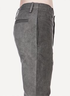 Leopold Bossert - 20 Cotton Cold-Dye Charcoal Chainseam Light Trouser https://cruvoir.com/leopold-bossert/3604-20-cotton-cold-dye-charcoal-chainseam-light-trouser-charcoalcolddye