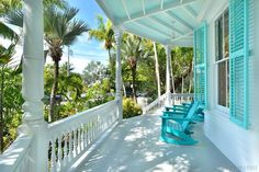 Designer Octagon House Of Key West Victorian Cottage, Victorian Homes, Key West Rentals, Key West Decor, Key West House, Octagon House, Key West Style, Cottage Style Homes, Beach Shack