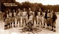 Benton Harbor Michigan Junior team for The House Of David a religious commune that famously barnstormed the country playing baseball and evangelizing. Members were prohibited from cutting their hair. House Of David, Harlem Globetrotters, Benton Harbor, Team Photos, The Kingdom Of God, Antique Photos, Baseball Players, Michigan, Long Hair Styles