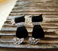 Women's Kitty Cat Earrings Black Onyx Swarovski Crystal  Thought these were cute