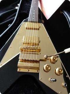 1000 images about strings on pinterest electric guitars for Lenny kravitz gibson