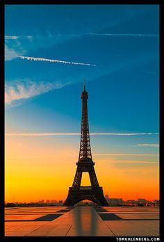 Summer Sunrise, Paris, France  photo by tomuhlenberg
