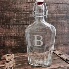 do you like to party?  Fill up this 17oz glass flask with liquor and get your dance moves ready. Our personalized flasks are perfect for any man that likes a good drink and likes to have a good time.  Customize each flask with an initial, monogram, name, quote or anything else you can think of.