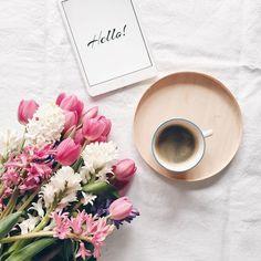 Проснувшись утром, невероятно приятно выпить чашечку горячего кофе и отправиться на работу бодрой, энергичной и готовой к новым свершениям! Главное, с правильными мыслями! Думайте только о хорошем, пока завтракаете!