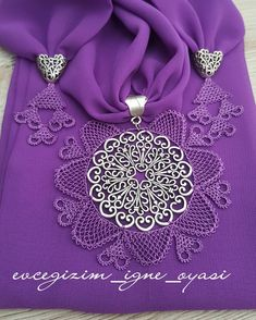 Needle Lace Types Of Writing Edge Of Different Regions - # Own . - Needle Lace Types of Writing Edge of Different Regions – # Owned - Knitting Blogs, Knitting Patterns, Liberty Scarf, Bow Bracelet, Purple Scarves, Lace Scarf, Needle Lace, Knitted Shawls, Easy Crochet
