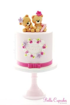 Teddy bear cake - by Bella Cupcakes