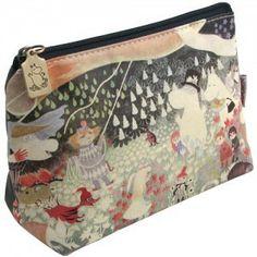 Moomin Makeup Bag: Dangerous Journey
