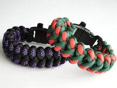 How to Make a Grimlock Paracord Survival Bracelet with Whistle - YouTube