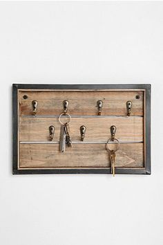 Reclaimed Wood Key Hook from Urban Outfitters. Saved to home deco. Shop more products from Urban Outfitters on Wanelo. Casas Country, Reclaimed Wood Projects, Key Rack, Key Hooks, My New Room, Wood Pallets, Urban Outfitters, Barn Wood, Decoration