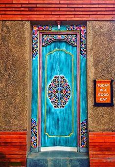 Ubud, Bali, Indonesia – Decor is art Cool Doors, Unique Doors, Entrance Doors, Doorway, Old Door Knobs, Porte Cochere, Porche, Door Gate, Facade House