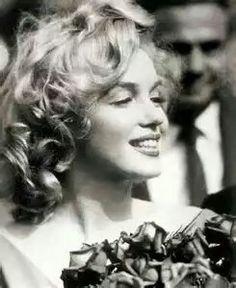 Marilyn Monroe, Joe DiMaggio Wedding