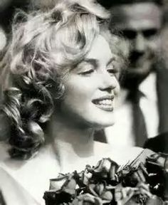Marilyn Monroe, Joe DiMaggio Wedding