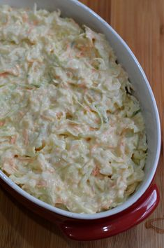Salata Coleslaw - CAIETUL CU RETETE Healthy Eating Recipes, Vegetarian Recipes, Cooking Recipes, Dinner Recipes Easy Quick, Quick Easy Meals, Cold Vegetable Salads, Food Porn, Good Food, Yummy Food