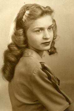 1940's hair - Google Search